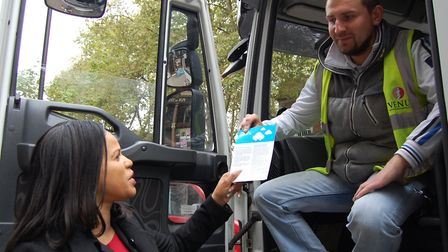 Cllr Claudia Webbe hands an anti-idling leaflet to lorry driver Adrian Fafara in Upper Street. (NOTE