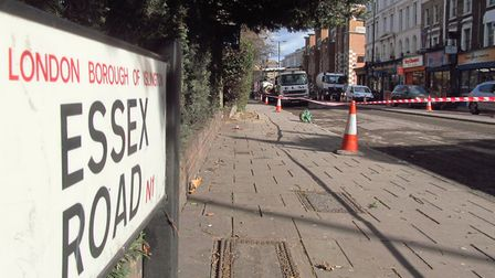 Moped crooks targeted 24 victims in the space of an hour around Essex Road last night. Picture: Davi