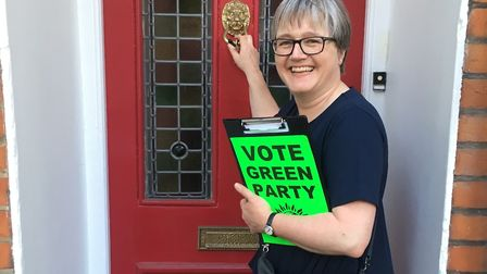 Cllr Caroline Russell canvassing in Calabria Road, Highbury, during last year's General Election. Pi