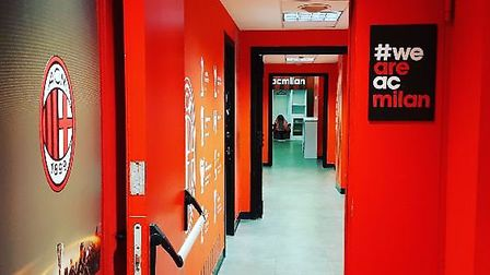 The entrance to the AC Milan dressing room in the San Siro. Credit: @laythy29