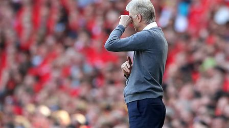 Arsenal manager Arsene Wenger on the touchline during the Premier League match at the Emirates Stadi