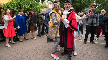 Cally Festival 2018: mayor of Islington Cllr Dave Poyser dancing, watched by Islington South and Fin