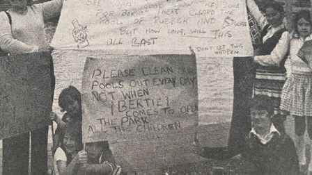 People protesting about the 'stinking' paddling pool at the official opening of Barnard Park in 1975