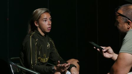 Arsenal and England's Jordan Nobbs speaks to Layth Yousif at their London Colney training ground. Pi