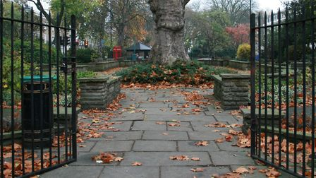 Canonbury Square garden will no longer have a gas kiosk installed under its grass. Picture: Flikr/Ri
