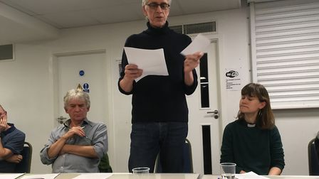 Steve Fox of Manalo & White Architects at the Community plan for Holloway meeting. Picture: Lucas Cu