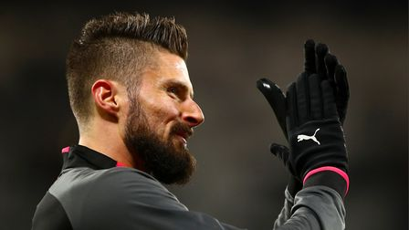 Arsenal's Olivier Giroud applauds the fans ahead of the Premier League match at London Stadium.