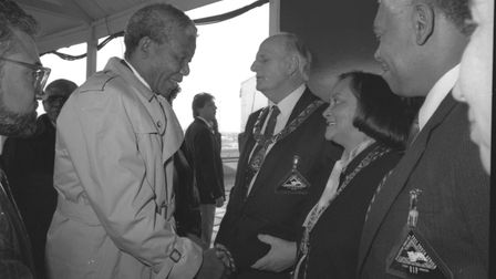 Nelson Mandela meeting Brent dignitaries in 1990