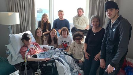 Laza Kekic surrounded by his family as hospital fulfill his dying wish to be beside the seaside