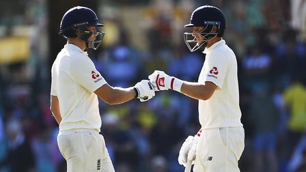 England's Joe Root and Dawid Malan piled on the runs during day one of the Ashes Test at Sydney Cric