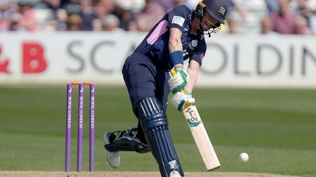 Nick Gubbins in action for Middlesex (pic Nick Wood/TGS Photo)