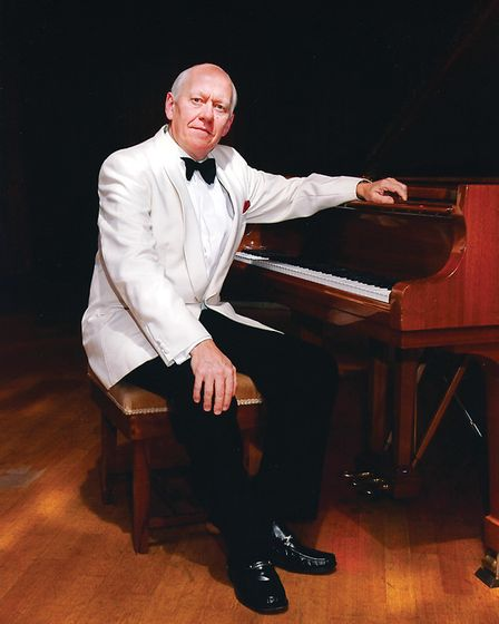 International concert pianist Philip Fowke