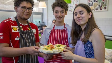 Cooking classes teach teens about healthy eating