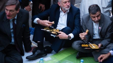 From left: Dominic Grieve, Jeremy Corbyn and Mohammed Kozbar at Finsbury Park Mosque street iftar. P