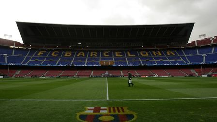 The groundsman prepares the pitch before the UEFA Champions League, Round of 16, Second Leg match be