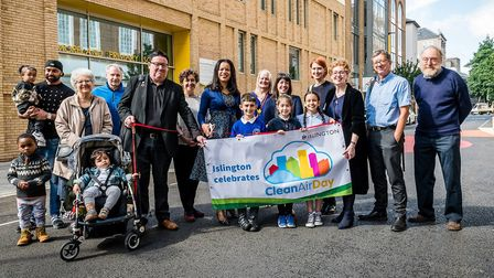 Children and local residents join local councillors and campaigners for the launch of Moreland Stree