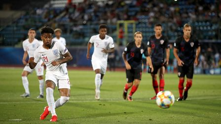 England's Reiss Nelson scores his side's first goal of the game against Croatia (pic Nick Potts/PA)
