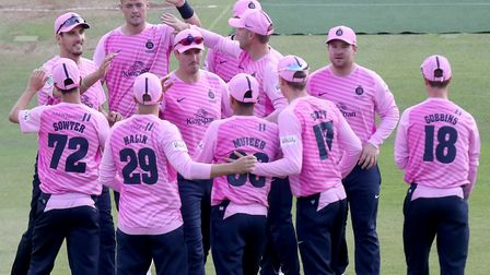 Middlesex players celebrate a wicket in the Vitality Blast T20 (pic Nick Wood/TGS Photo)