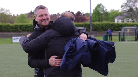 Hendon manager Jimmy Gray celebrates the win that saves the club from relegation (pic DBeechPhotogra