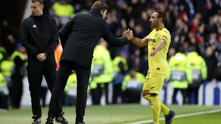 Rangers manager Steven Gerrard shakes hands with Villarreal's Santi Cazorla during the UEFA Europa L