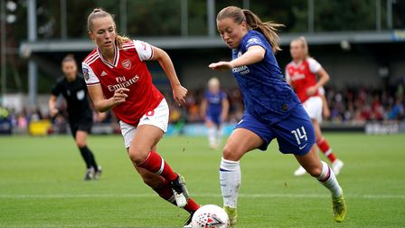 Arsenal's Lia Walti (left) and Chelsea's Fran Kirby battle for the ball during the FA Women's Super