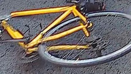 A cyclist was hit by a driver in Upper Holloway. Picture: @dommolly