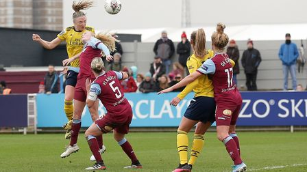 Louise Quinn of Arsenal goes close during West Ham United Women vs Arsenal Women, Women's FA Cup Foo