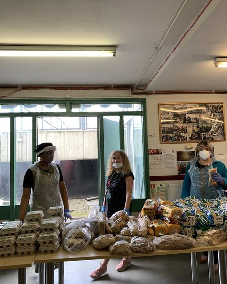 Islington South and Finsbury MP Emily Thornberry and Cllr Una O'Halloran volunteering at the food ba