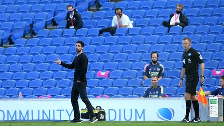Arsenal manager Mikel Arteta gestures from the touchline during the Premier League match at the Amex