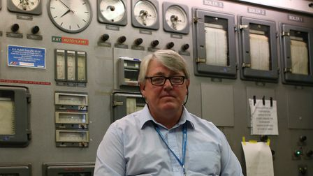 Northwick Park Hospital engineer Dave Waterman is retiring after 40 years service.
