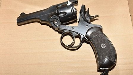 Picture of the gun found during a vehicle stop in Queen's Park. Picture: Met Police