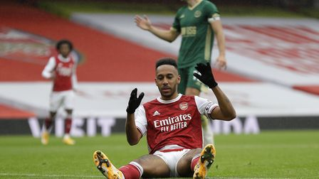 Arsenal's Pierre-Emerick Aubameyang rues a missed chance