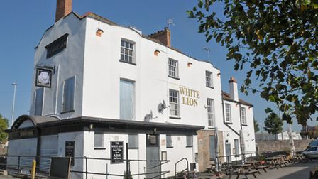 The White Lion will reopen as a Mezze restaurant