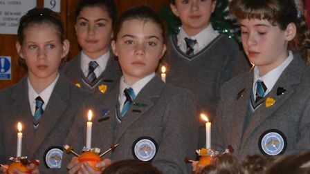 Fairfield School marks the start of advent with a Christingle service.