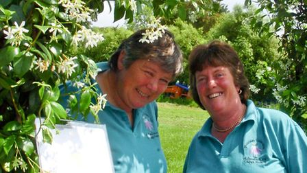 Jane Lindsay and Toni O' Connor who won a Gold at Chelsea Flower Show.