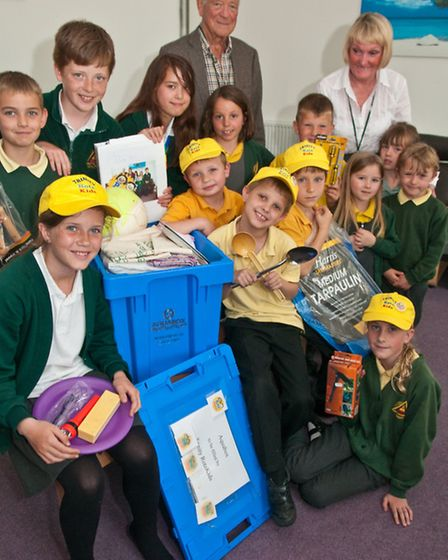 Pupils with Shonaugh Evans and Norman Wright from the Rotary Club of Portishead and the Aquabox they