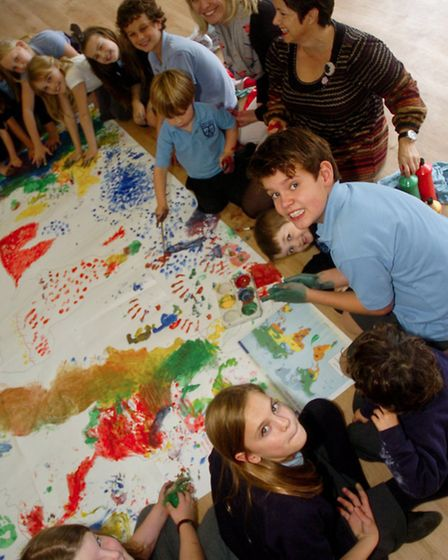 St Marys Primary School, Portbury children drawing and painting