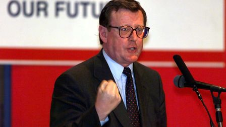 Former Northern Ireland first minister Lord Trimble is threatening legal action against the governme