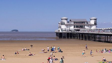 (Weston-super-Mare by Ed Webster under CC BY 2.0)