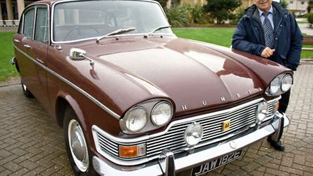 Ray Brimble with his 1967 Humber Super Snipe.
