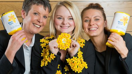 get behind the daffodil