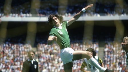 Giorgio Chinaglia #9 of the New York Cosmos in action during an NASL Soccer game circa 1977 at Giant