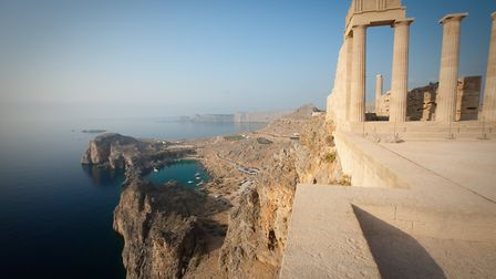 he English word apostrophe comes from a Greek term meaning turning away. Acropolis of Lindos, over