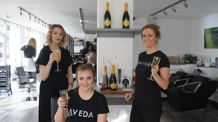 Fancy a glass of bubbly while enjoying a beauty treatment?