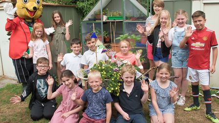 Hewish St Annes Primary School, hand over of a greenhouse donated by Puxton Park.