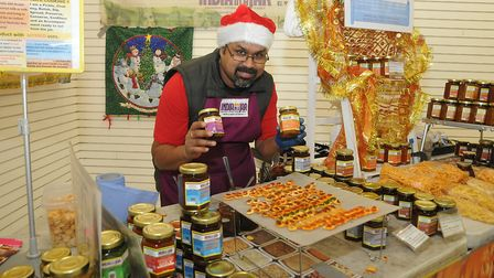 Chef Collin (soon to eb on Dragons Den) of India in a Jareat:Christmas W-s-M moved into the Sovereig