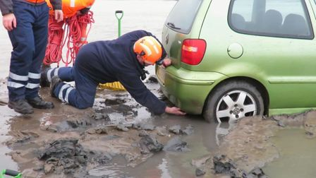 A car had to be pulled out of mud after getting stuck on brean beach