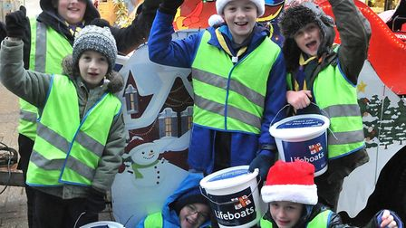 1st Milton Beaver, cubs and scouts out collecting in the high street15,12,18