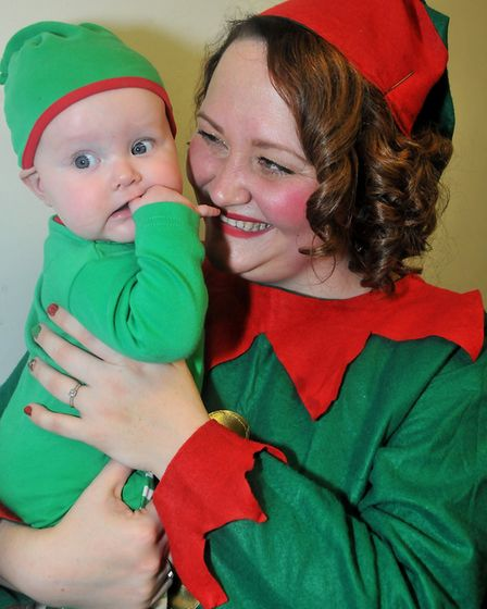 Elves Emma an dher daughter Lucy 6mthsBig Worle's xmas fair (HW) 15,12,18