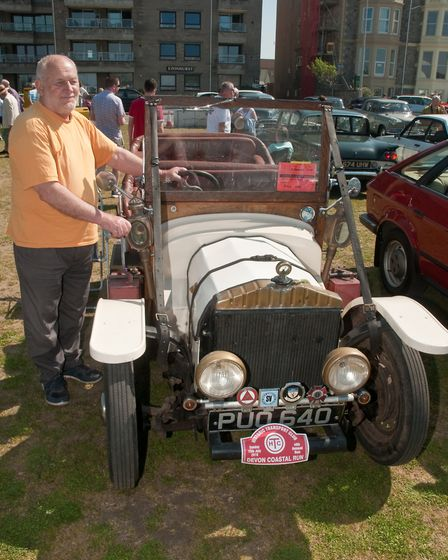 A Ford Siva from 1954 owned by Graham Edmond.